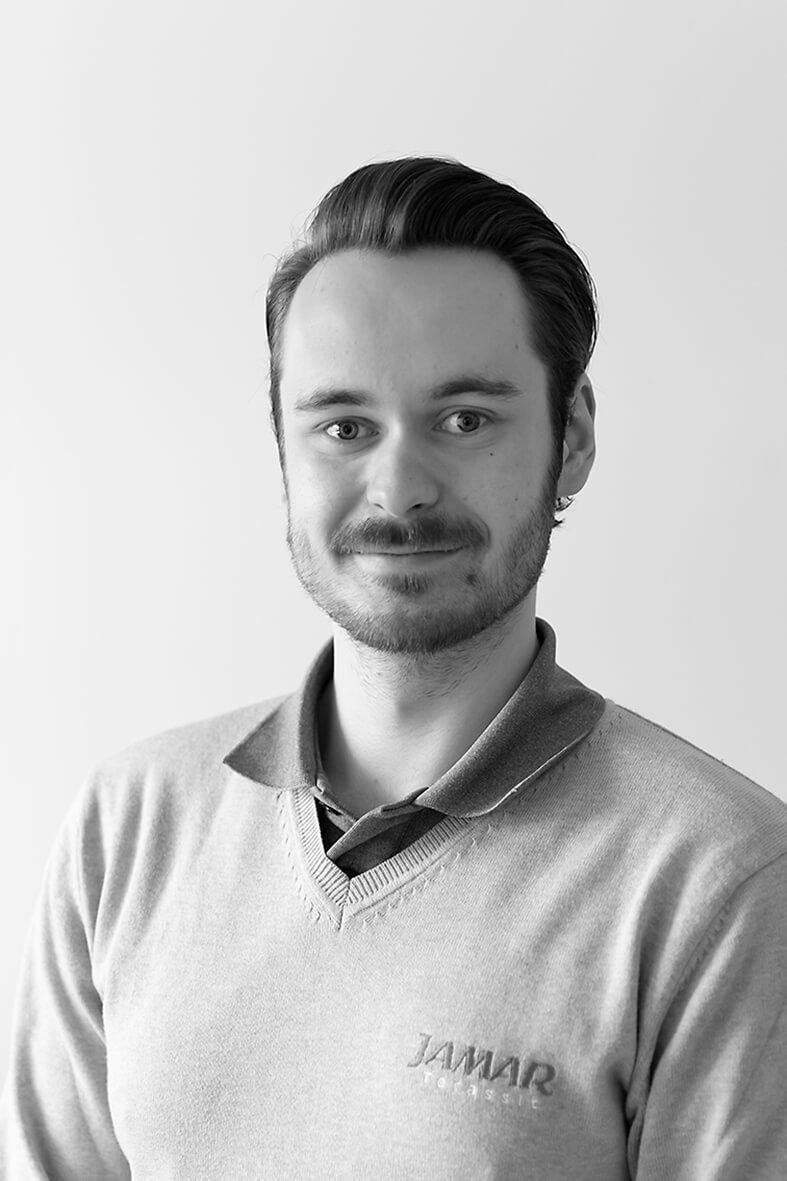 Oskari Sippola : Myyntipäällikkö