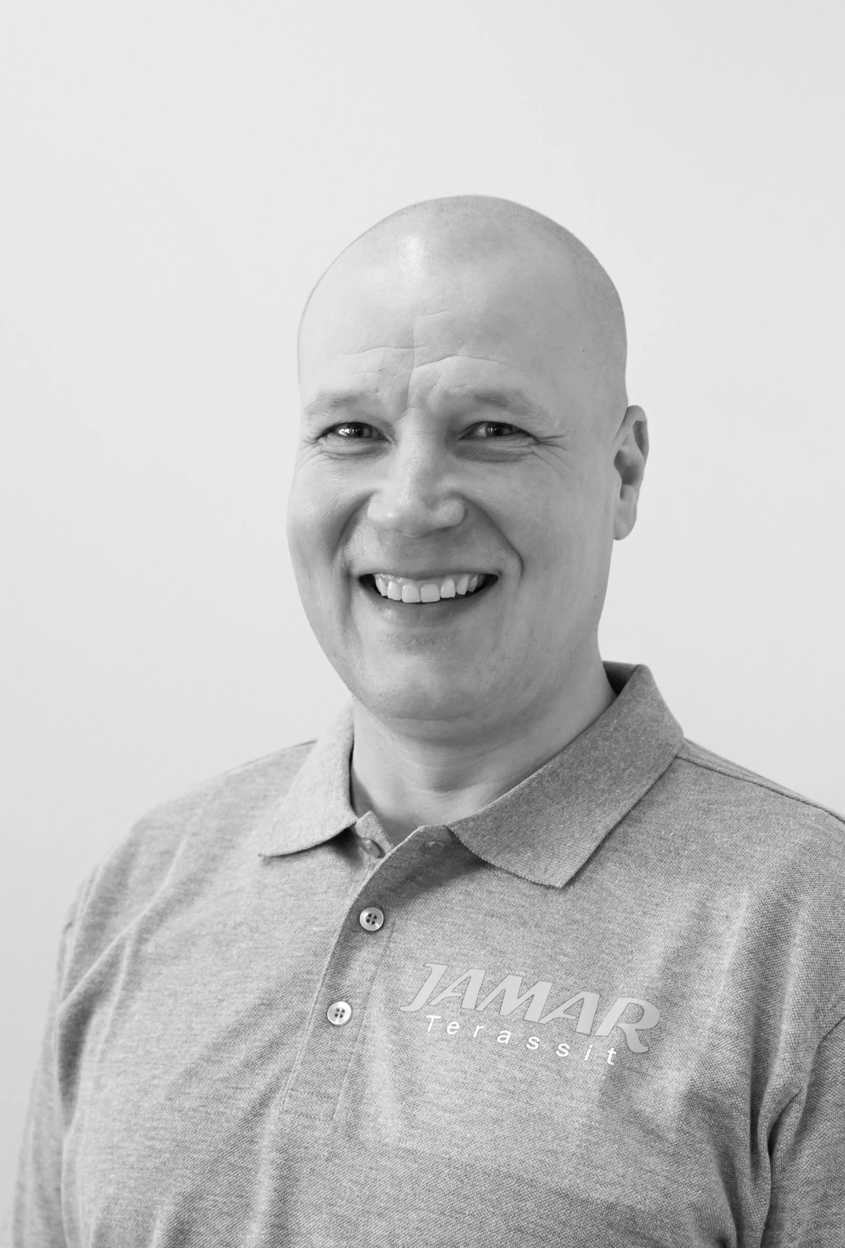 Markku Valkeapää : Myynti