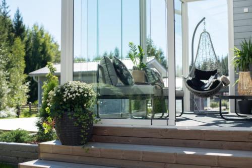lasiterassi ja patio